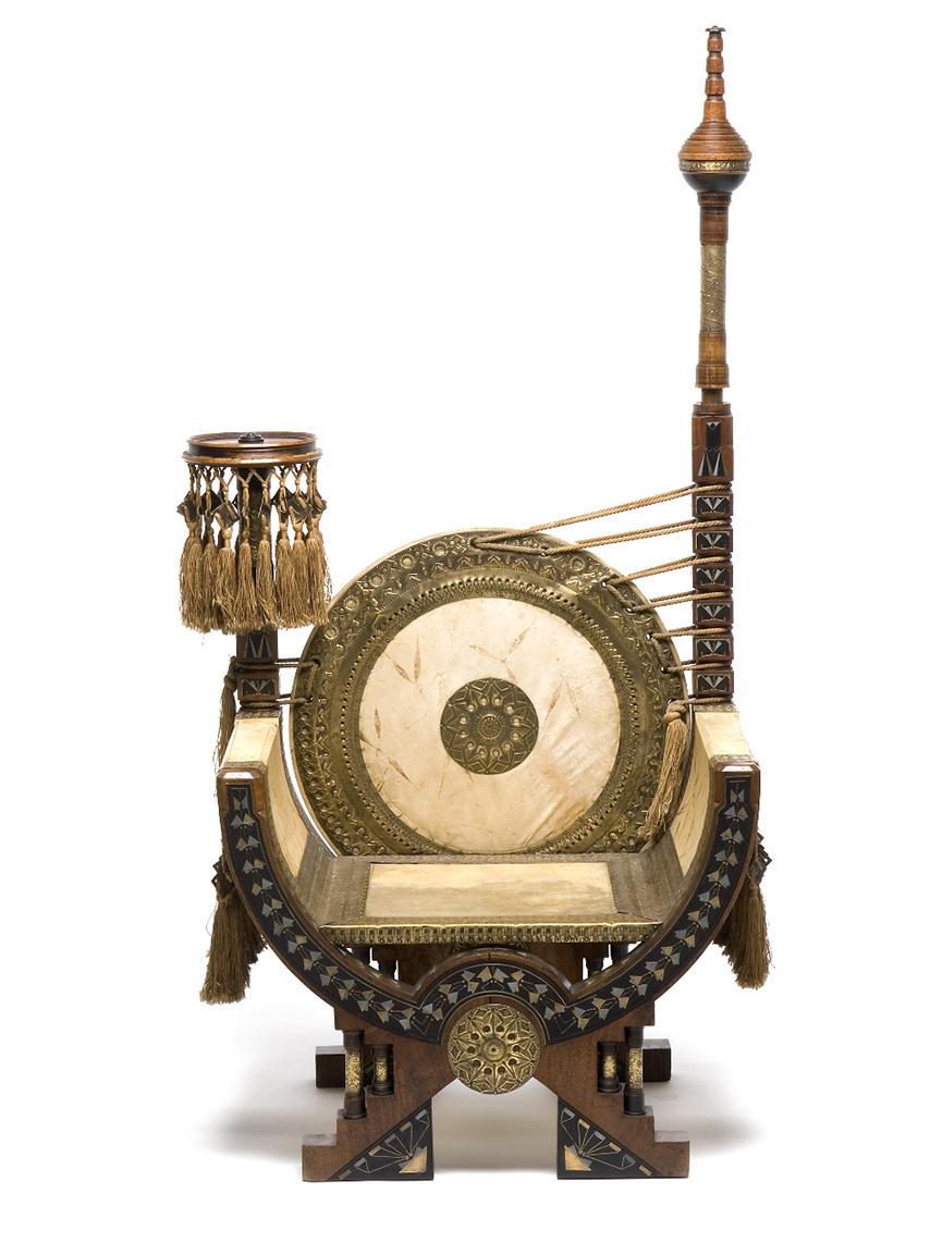 trono_sedia_carlo-bugatti_mobili_pergamena